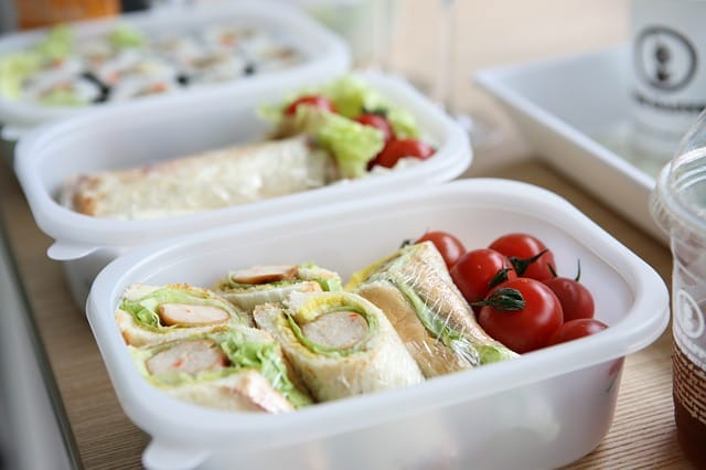 meal prepping for lunch saves time and money.